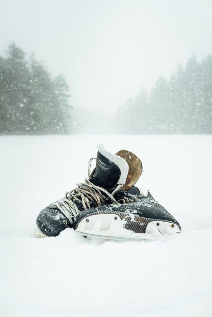 skates on the ice